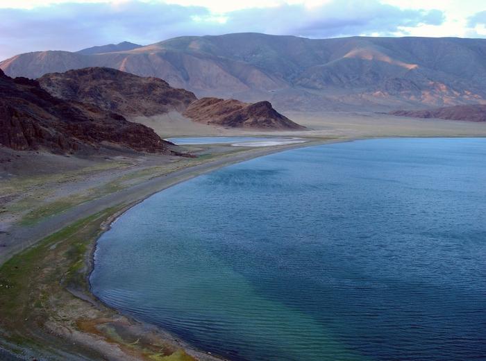 Озеро Толбо-нуур